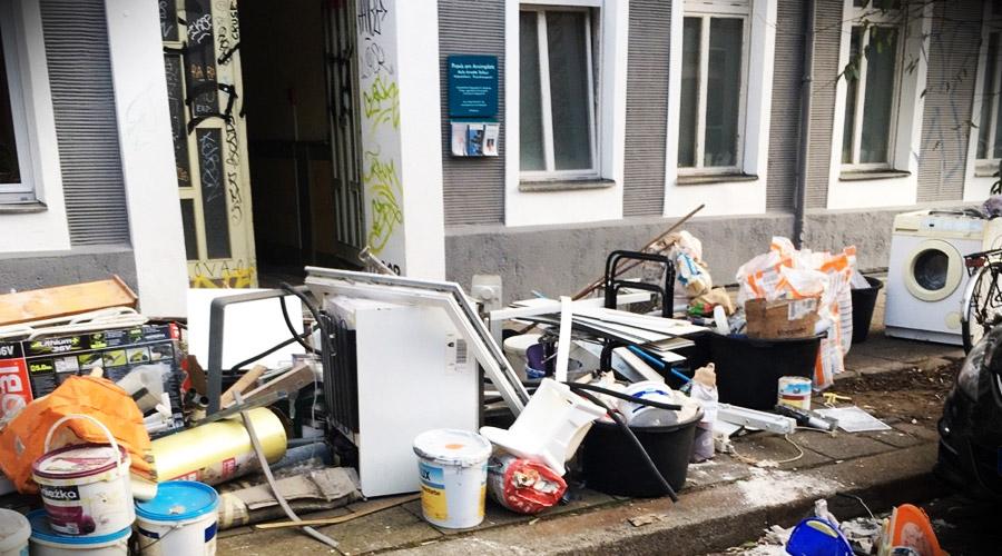 Restbestände nach Wohnungsauflösung in Berlin